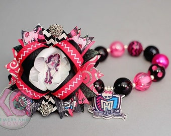 Monster High Necklace - MH Chunky Necklace, Monster High Birthday Neckace, Vampire, Black, Pink, Cleo de Nile, Frankie, Abbey