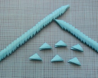 320 blue 3d origami triangle pieces