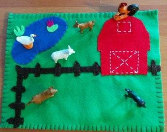 Felt Farm Play Mat with 6 animals