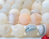 32 pcs of Agate ,Matte round beads in 12mm
