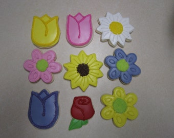 12 Flowers and Butterflies Cookies