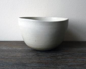 Matte white glaze Bowl. Organic shape Salad Bowl. Serving Bowl. White Salad Bowl. Pottery and Ceramics.