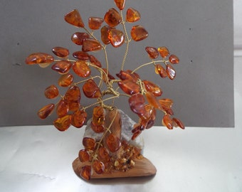 tree of life wire sculpture amber stones Ming tree