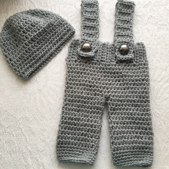 Handmade Crochet Baby Dungarees and Hat Set 0-3 Months