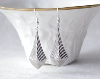 Silver Everyday Earrings Casual Minimalist Art Deco Drop Earrings Shoulder Duster Earrings Silver Simple Earrings Gift for Her