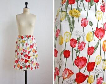 """French Designer """" Guy Laroche""""  Floral Pencil Skirt, Designer Secretary Skirt, Flowered Skirt / Tulip Print /  Size Medium"""