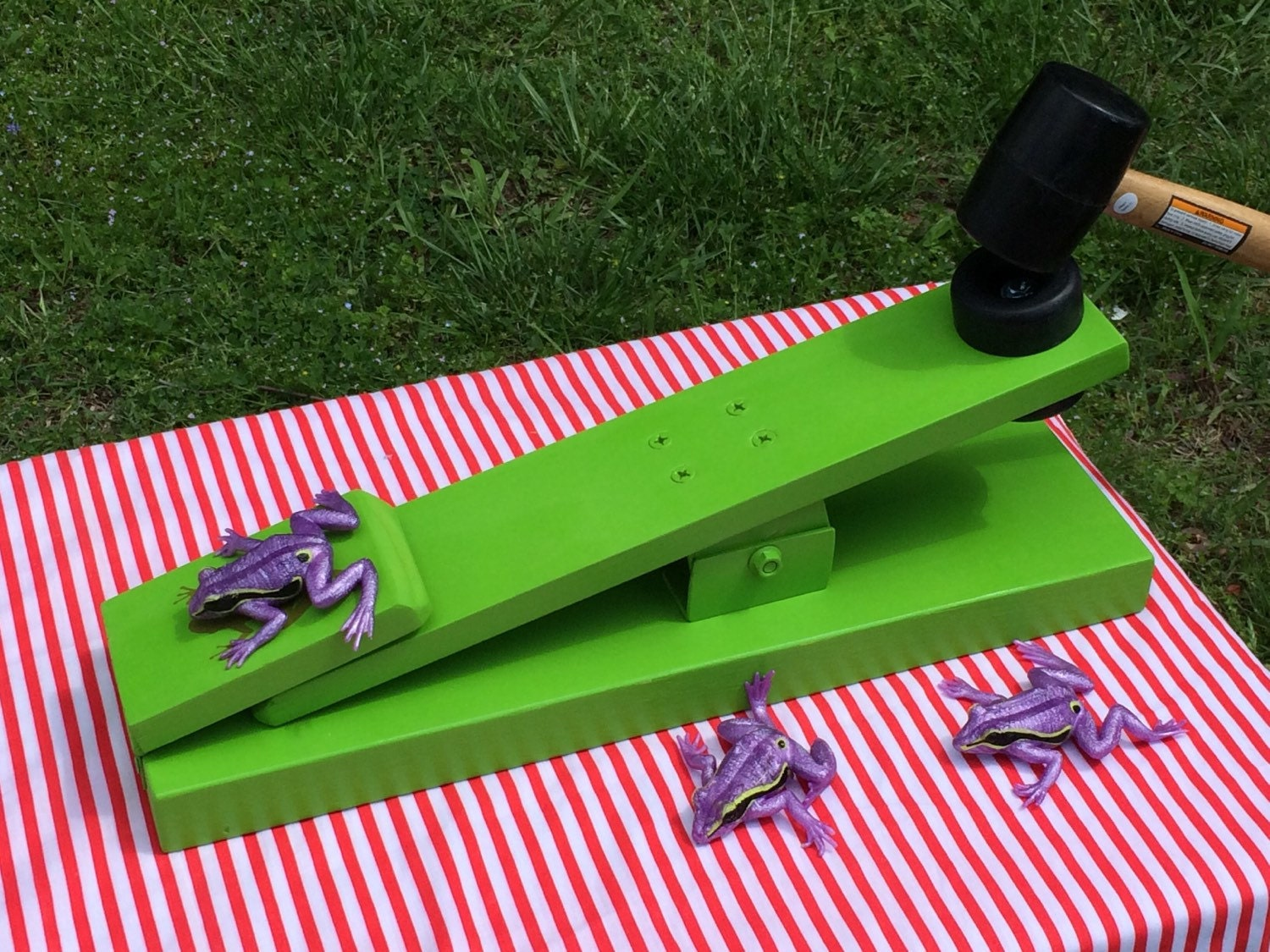 how to make a frog flipper