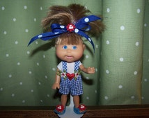 Dolls - Cabbage Patch Dolls - Lil Sprouts Dolls - Cabbage Patch Lil Sprouts Dolls - Doll Stand