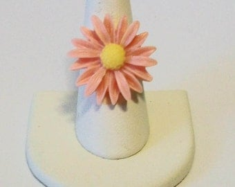 Pale Peach Daisy Wildflower Fashion Ring Adjustable Band