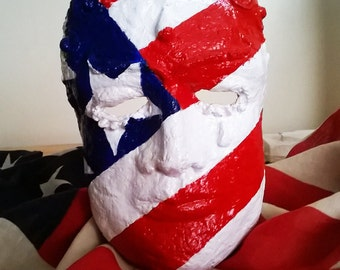 American Hero - Decorative mask sculpture
