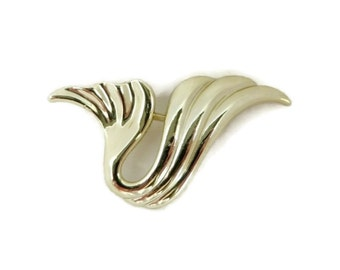 Vintage AJC Wave Brooch, Abstract Gold Tone Swirly Pin