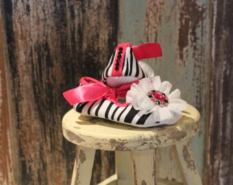 Baby girl zebra print crib shoes, size 12-18 months, with white shabby flowers and swarovski crystals