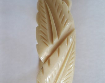 French 1930's Ivory Colored Carved Galalith Bangle Bracelet