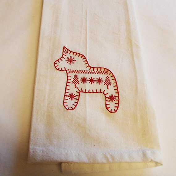 TWO Embroidered White Cotton Dish Towels With Swedish Dala Horse DT85
