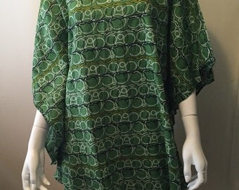 1980's geometric print tunic butterfly sleeves modern summer basic boho hippie one size