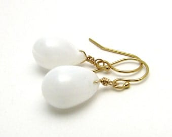 White glass earrings, gold white jewelry, snow white drop earrings, minimalist jewelry, Czech glass teardrop earrings, white summer jewelry