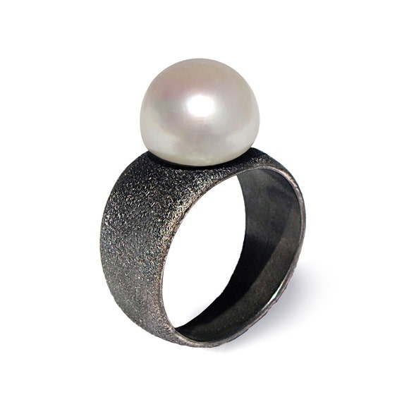 black and white pearl ring black ring band black by
