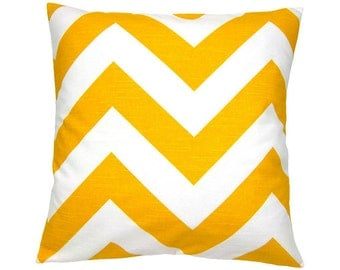 Cushion cover graphic pattern ZIPPY 40 x 40 cm yellow white