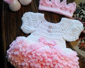 Super ruffled crochet  baby dress set.