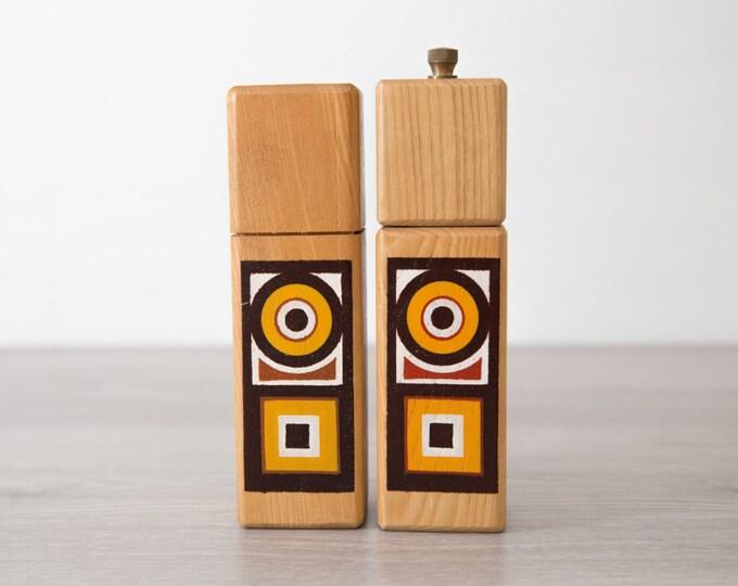 Vintage Wooden Salt and Pepper Shakers  / Sienaware by Imperial International / Made in Japan / Nordic Dansk Danish Mid Century Modern Style
