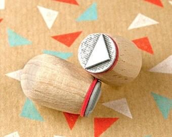 Triangle small (dark) - mini stamp Ø 1,4 cm
