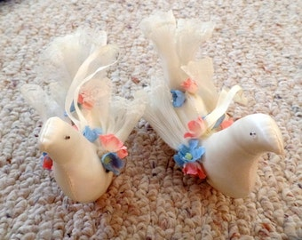 Collection of craft supplies for wedding décor. 3 doves. Nice accents for wreaths, or can be made into a banner, white doves
