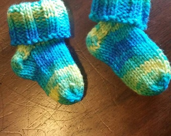 Baby socks/booties (banana berry), handcrafted knit socks, 3-9 months, custom colors available