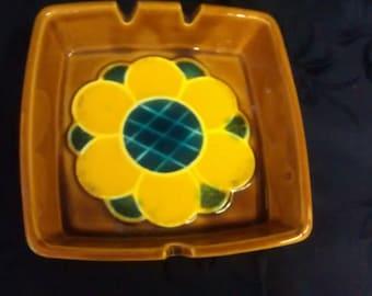 Vintage Ashtray Cigarette Brown Yellow Sunflower Mod Japan