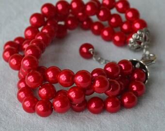 red pearl bracelet, 8mm triple strand red glass bead bracelet, twist pearl bracele t, wedding jewelry, bridesmaid bracelet,red bead bracelet