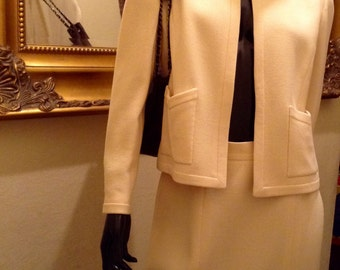 Vintage CHANEL Suit Wool Jacket Skirt Set Ivory Sz 42