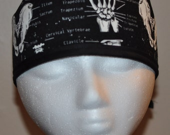 Glow in the Dark with Bones  - Men's Scrub Cap Hat - One Size Fits Most