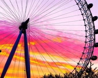 London Eye Wheel Wall Decal, London Carnival Wall Decal, Large Ferris Wheel Image, Carnival Artwork, London Ferris Wheel Poster, Reusable