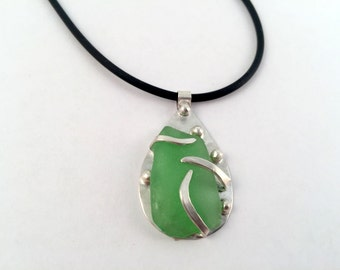 Sea Glass Necklace, Sterling Silver Necklace, Sea Glass Pendant, Beachy Necklace, Beachy Jewelry,  Green Sea Glass, Seaglass Necklace