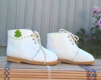 Vintage Baby Shoes,Vintage Soviet baby shoes,Leather children boots, white baby shoes, Kids room decor