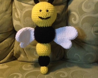 Crochet bumble bee baby rattle