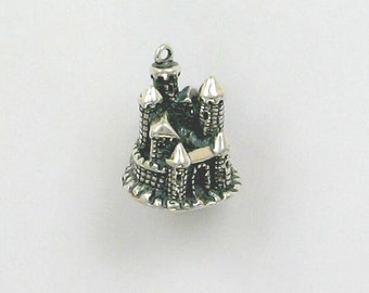 Sterling Silver 3D Castle Charm or Pendant - ff18