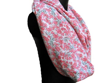 Floral lprint scarf/Infinity scarf, circle scarf ,loop scarf , neck scarf/ gift scarf in cotton fabric. Gift ideas.