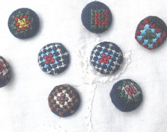 Vintage Embroidered Buttons - 8 navy blue