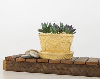 Vintage Yellow McCoy Hobnail Leaf Flower Pot, McCoy Pottery, Vintage Flower Pot Planter, Succulent Planter, Violet Planter, Yellow Planter