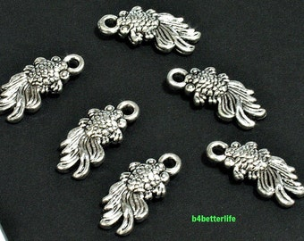 "Lot of 24pcs Antique Silver Tone Double Sided ""Goldfish"" Metal Charms. #JL3352"