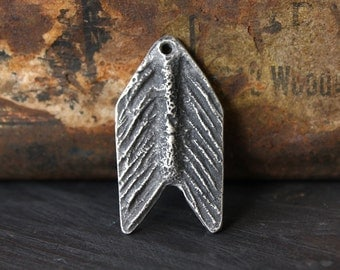 Handmade Arrow Pendant - Pewter Artisan Jewelry Supply No. 181P