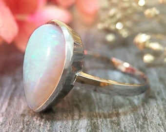 ONE-OF-A-KIND: 3.8CT Australian Opal <Bezel> Solid 14K White Gold (14KW) Colored Stone Ring *Fine Jewelry* (Free Shipping)