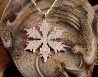 Snowflake pendant, sterling silver
