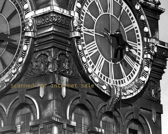 1942 Man painting CLOCK TOWER PHOTO