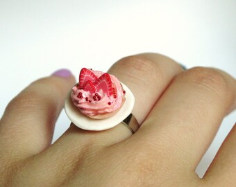 Strawberry Tarte Ring ! For a Tea-Party!
