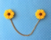 "Handmade ""Sunflower Sweetheart"" Large Sunflower Sweater/Collar Pins Clips with Gold Chain"