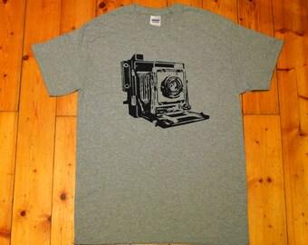 retro, folding camera, photo camera - screen printed T-shirt