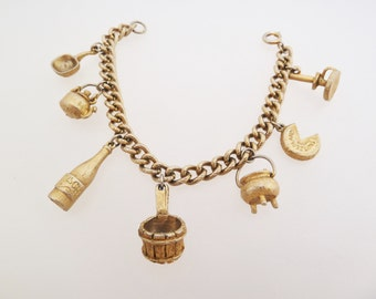 Vintage Swiss Switzerland Souvenir Gold Plated Charm Bracelet