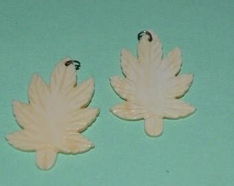 Vintage Luana Shell Leaf/Leaves Pendants (1060230)