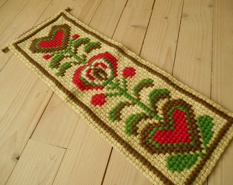 Vintage Swedish wall hanging Embroidered wall decor with hearts Green Red brown cross stitch home decor